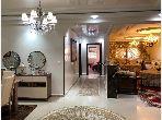شقة رائعة للبيع ب ميموزا. المساحة الكلية 220.0 م². مطبخ مجهز جيدا.