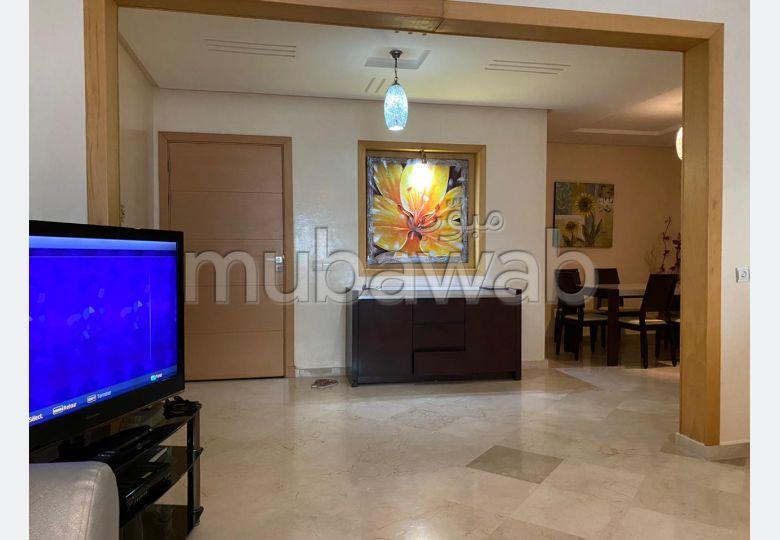 Superbe appartement à louer à Mohammedia. Surface de 135 m². Bien meublé