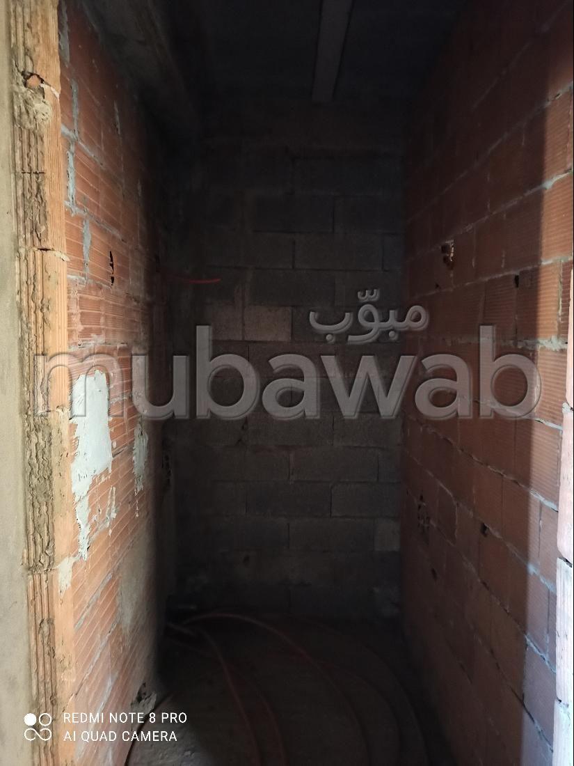 شقة رائعة للبيع ببوسكورة. المساحة الإجمالية 64 م².