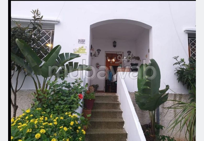 Fabulous apartment for sale in manar. 3 Rooms. Beautiful terrace and garden.