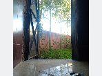 Casa en venta en Route de l'Ourika. 2 Habitacion grande. Entorno tranquilo con vista a la montaña, doble acristalamiento.