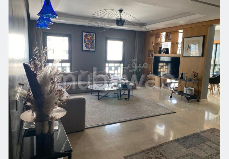 Superbe appart à louer vide à casa finance city