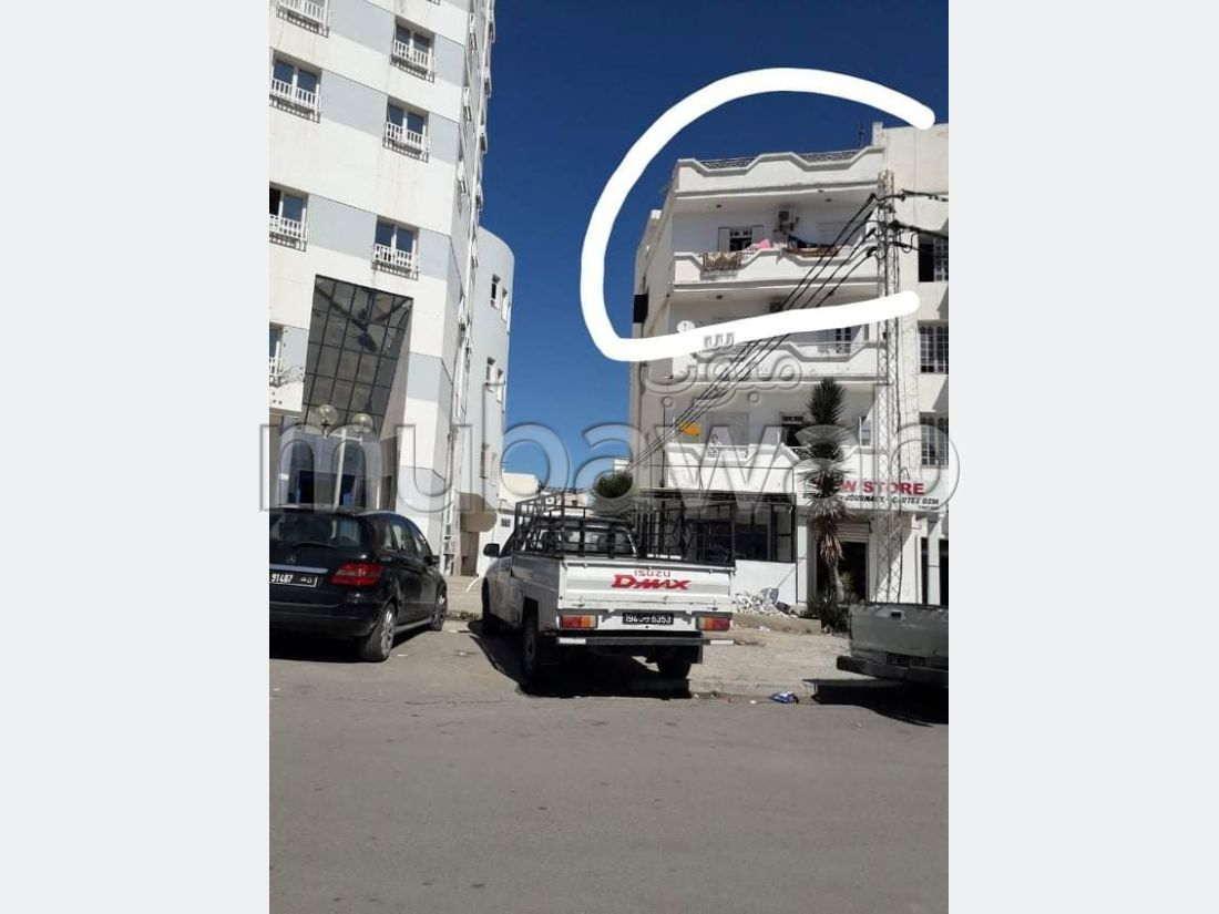 Apartment for sale in Sousse Ville. Dimension 90 m². Large balcony.