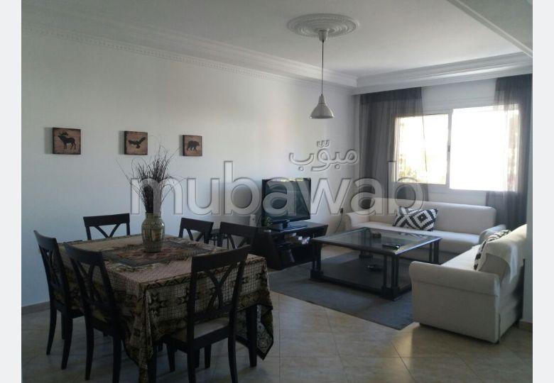شقة رائعة للإيجار ب ايبرية. 2 غرف ممتازة. مفروشة.
