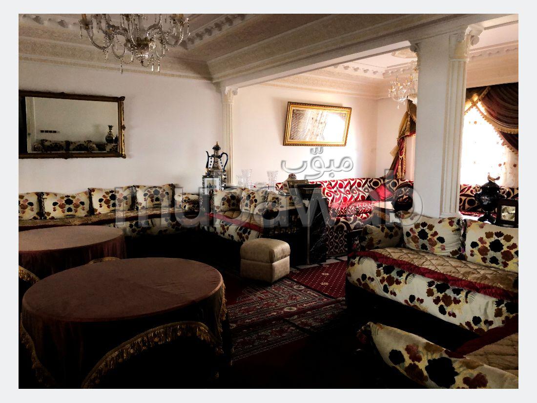 منزل فخم للبيع ب مرشان. المساحة الإجمالية 300 م². شرفة.