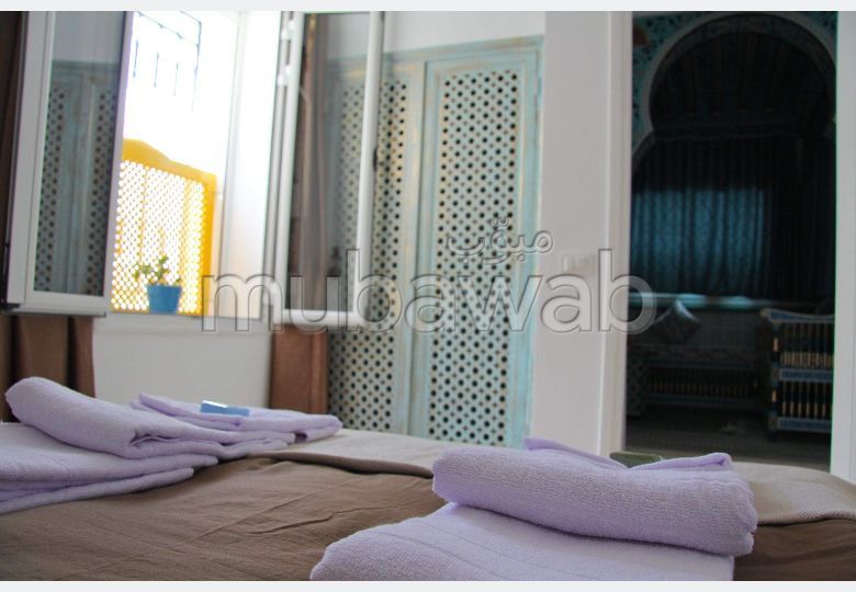 Rent this apartment in Sidi Bousaid. Large area 100 m². Fully furnished.