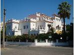 منزل ممتاز للبيع ب ايبرية. 6 غرف ممتازة. شرفة وحديقة.