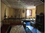 Très belle maison en vente à Sidi Maârouf. 4 belles chambres. Parking privé.