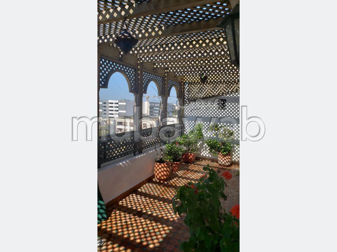 Apoartement à la vente en étage élevé palmier