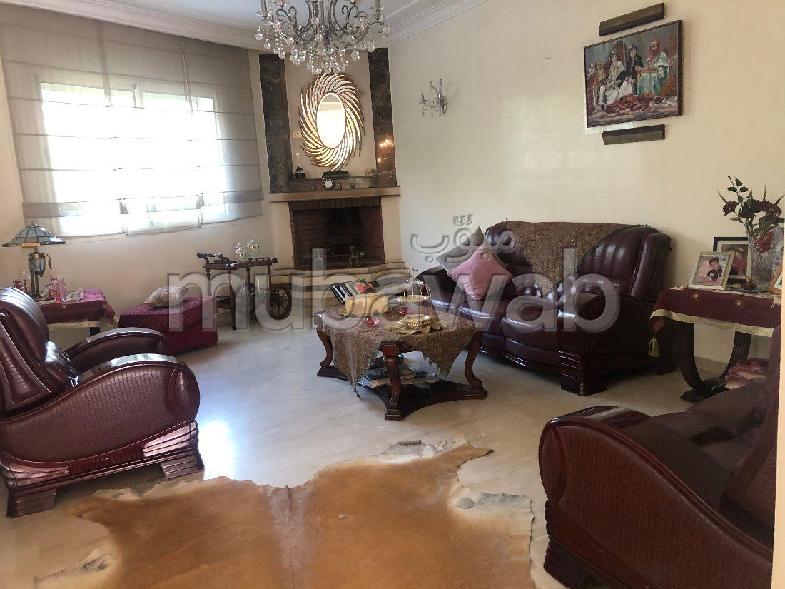 Villa à Laymoun dans une Résidence gardée