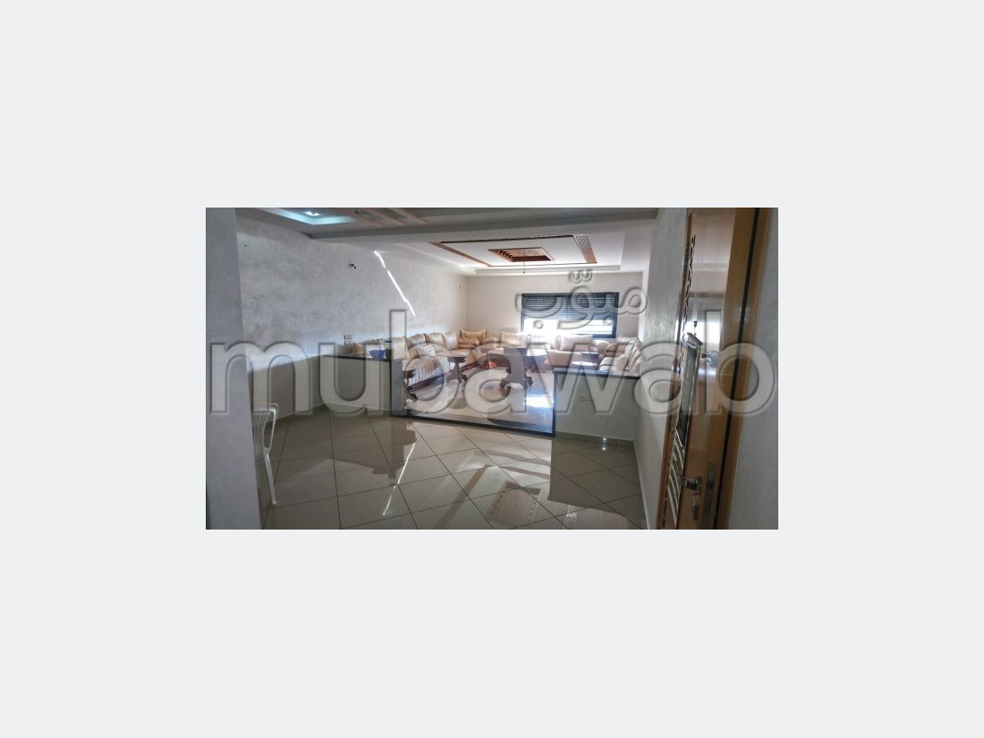 Sale of a lovely apartment in Al Adarissa. Total area 128 m². Terrace and lift.