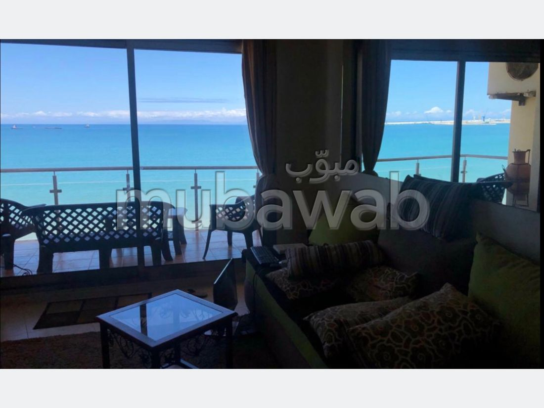 Apartment for sale in Malabata. Dimension 89 m². Sea view, double glazing.