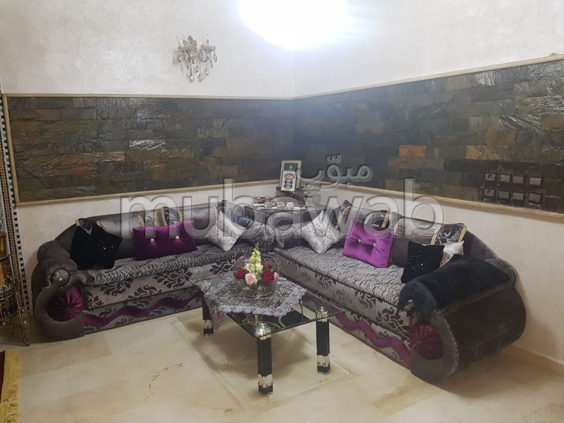 Beautiful apartment for sale in Route Immouzer. 4 Rooms. Usable fireplace, caretaker service.