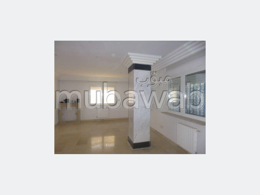 A vendre une villa à Raoued Plage