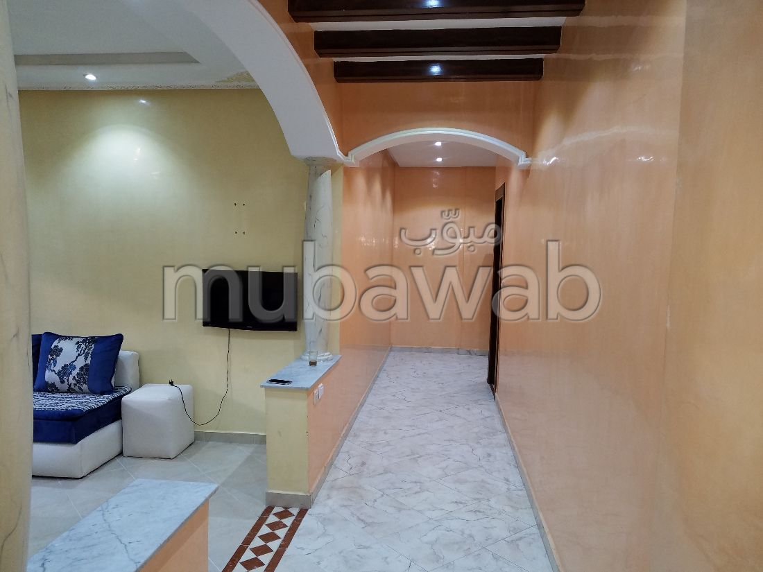 Apartment to purchase in Malabata. Small area 77 m². caretaker available, Large swimming pool.