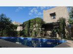 Magnífica villa en venta en Route de Fez. Gran superficie 159 m². Hermosa terraza y jardín.