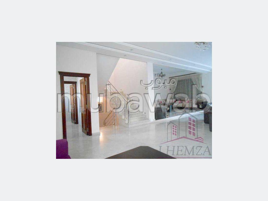 Fabulous house for sale in Sidi Maarouf. 4 Hall. Green area, Balcony.