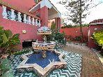 Lujosa villa en alquiler. 4 Pequeña habitación. Chimenea operativa, propiedad con piscina.