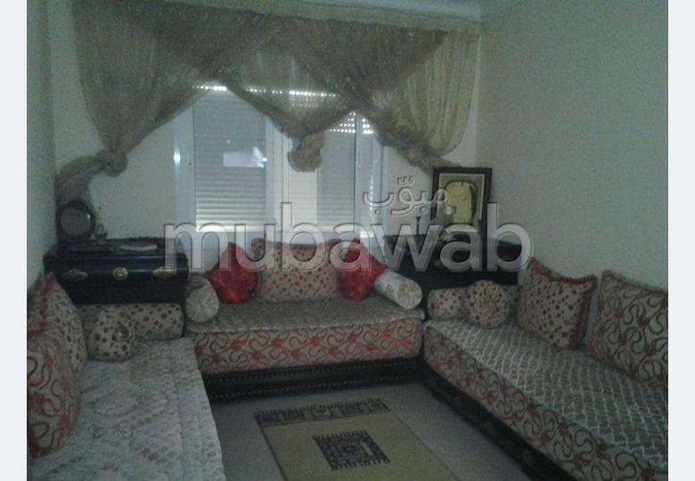 شقة للكراء ب بوخالف. المساحة الإجمالية 60 م². مفروشة.