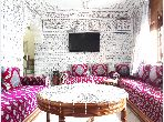 House for sale in Oulfa. Total area 90 m². Traditional Moroccan living room.