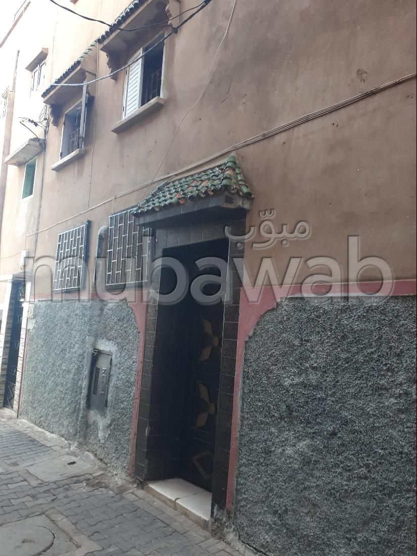 Sale of a lovely apartment in Ouled Moussa. 4 large living areas.