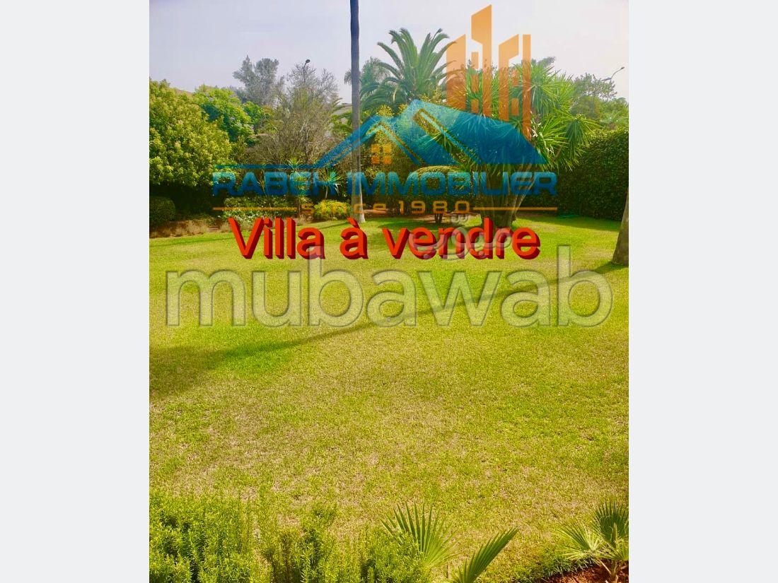 Villa de haut standing à vendre à Casablanca
