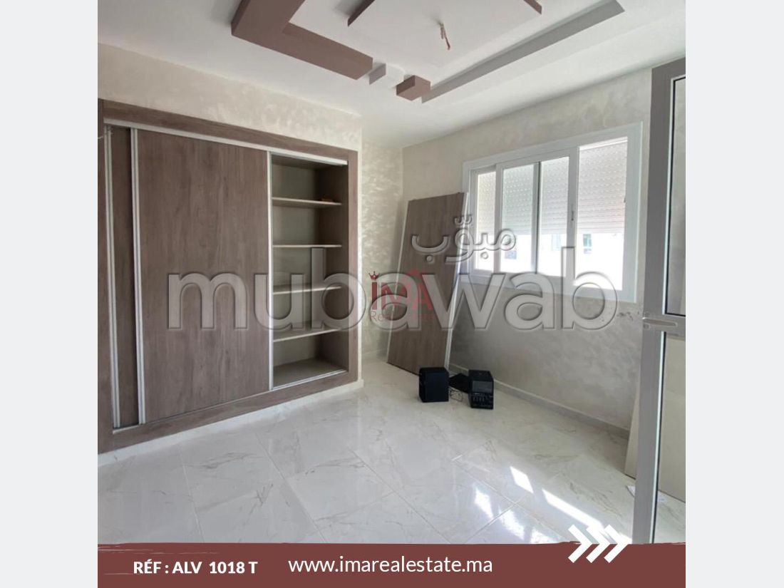Very nice apartment for rent in Du Golf. Area 97 m². Lift and garage.