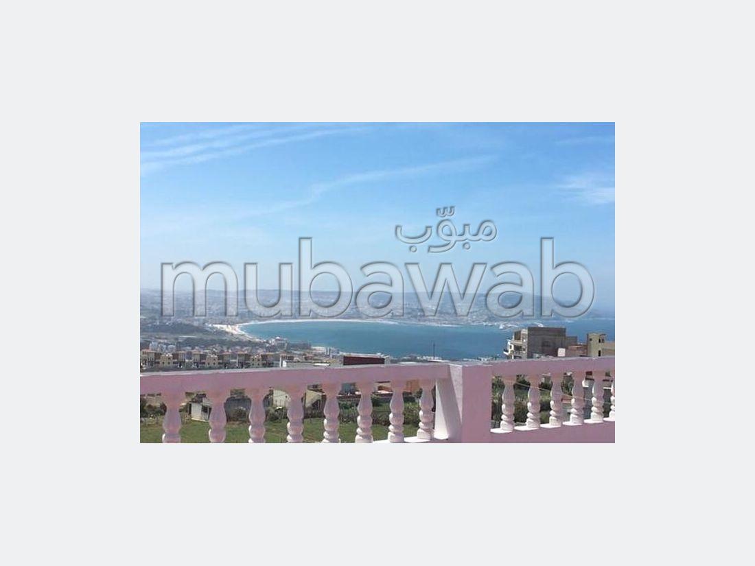 Esplendida villa en venta en manar. 8 Habitacion grande. Magnífica vista al mar, puerta de seguridad.
