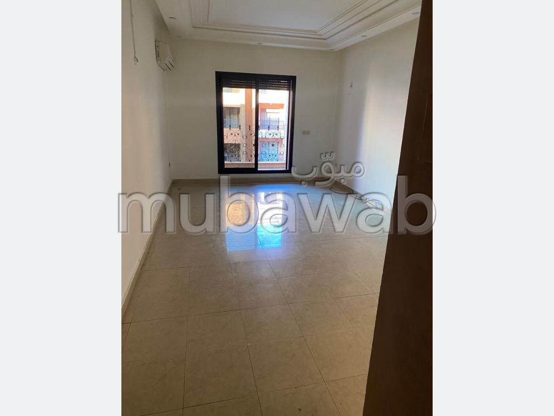 Rent this apartment in Guéliz. 1 Living area. caretaker available, air conditioning system.