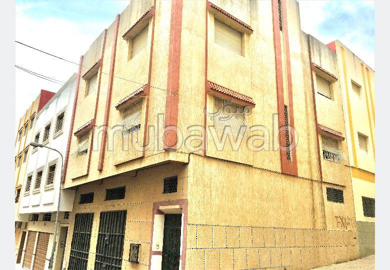 immeuble 2 façades à vendre - Quarier Beausejour.