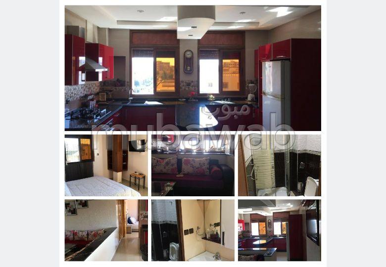 Bel appartement en location à Mohammedia. Surface totale 60 m². Bien meublé
