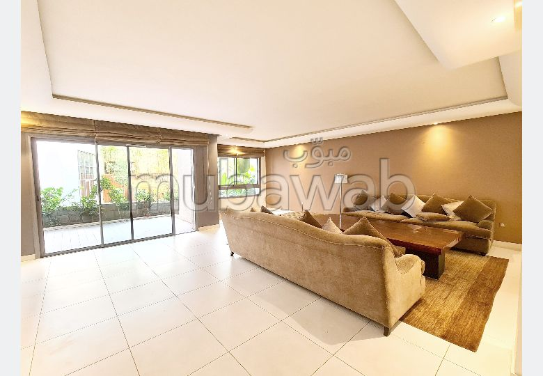 Superbe appartement à louer avec grande terrasse