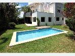 Villa de 1055 m2 TRES BONNE AFFAIRE