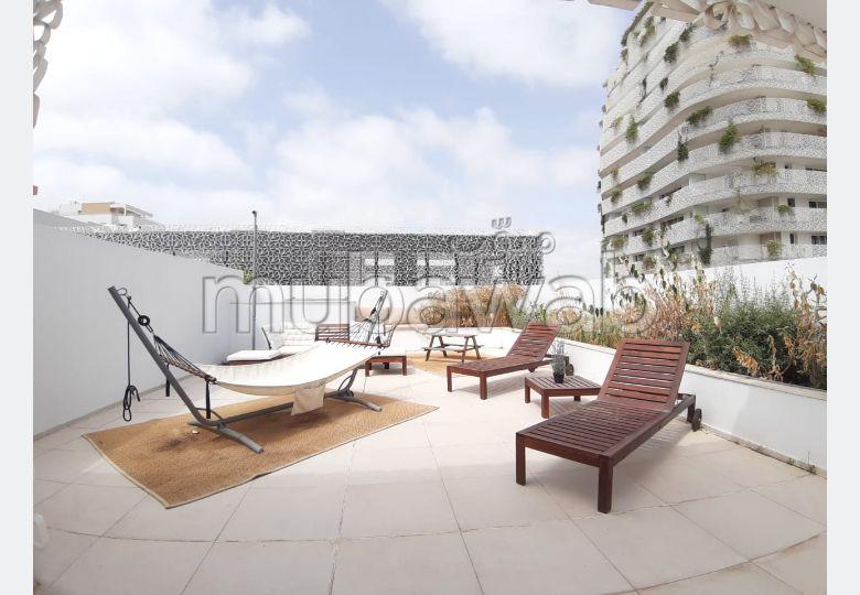 Cfc location d'un superbe appartement solarium