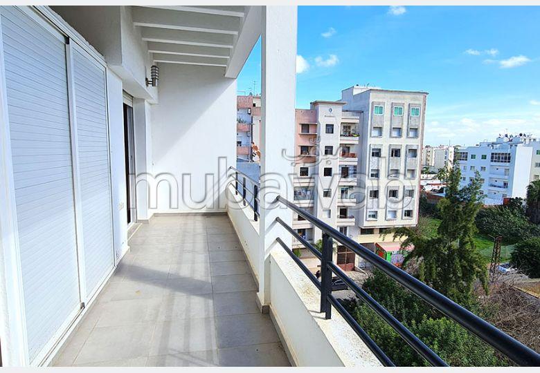 شقة للبيع ب ميموزا. 3 قطع مريحة. المرآب والشرفة.