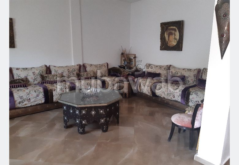 High quality house for sale in Hay Zobir. 3 Cabinet. Carpark and terrace.