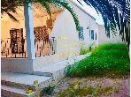 Grande Villa Dans un Fort Emplacement à Hay Riadh