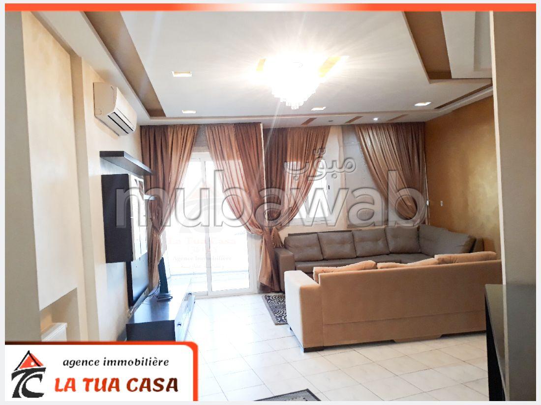 Bel appartement à vendre. Surface totale 159 m². Ascenseur et terrasse