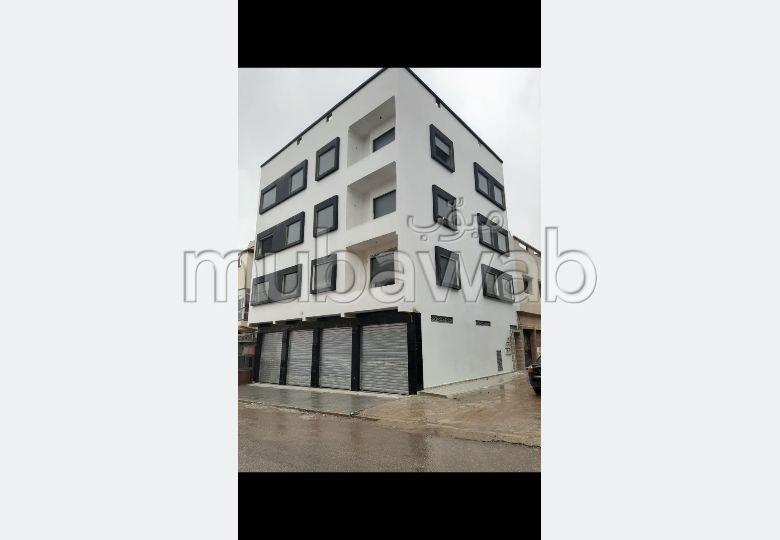 Superbe appartement à vendre à Oulad Wjih. 3 belles chambres.
