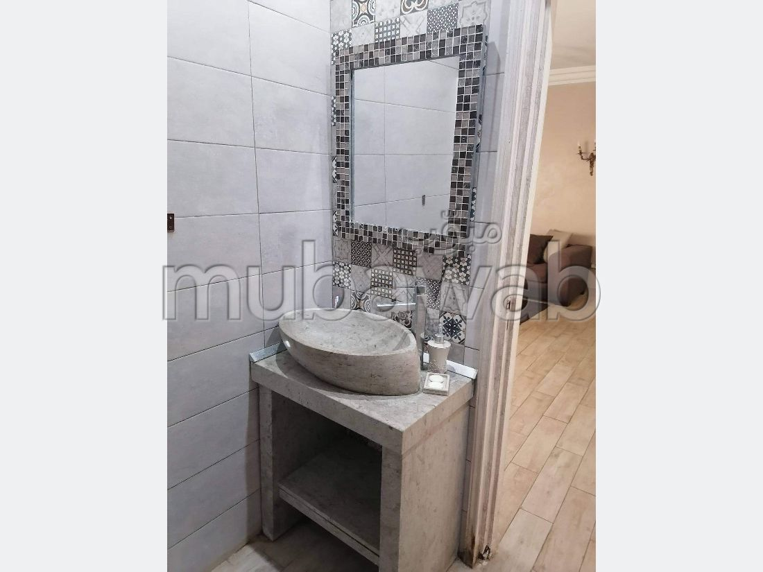 Flat for rent in Sidi Bousaid. 1 lovely room. Dressing room.