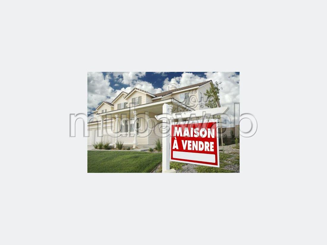 Villa de lujo en venta en Anfa Supérieur. 6 Sala. Chimenea funcional, aire condicionado general.