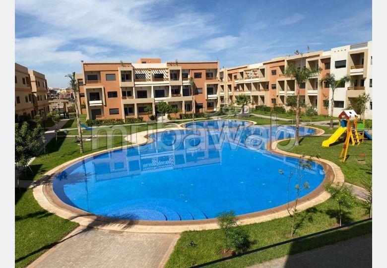 Piso en venta en Route d'Agadir - Essaouira. Superficie 96 m². Servicio de conserjería, hermosa piscina.
