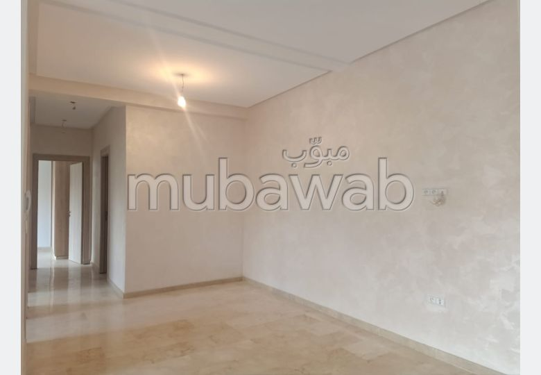 Apartment to purchase in Route d'Agadir - Essaouira. 3 Common room. Moroccan living room, security.
