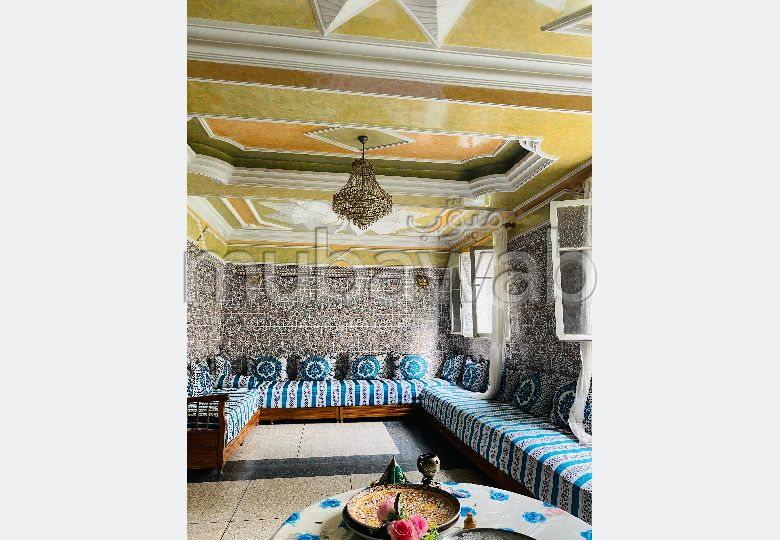 Maison à acheter à Casablanca. 5 chambres. Terrasse et jardin