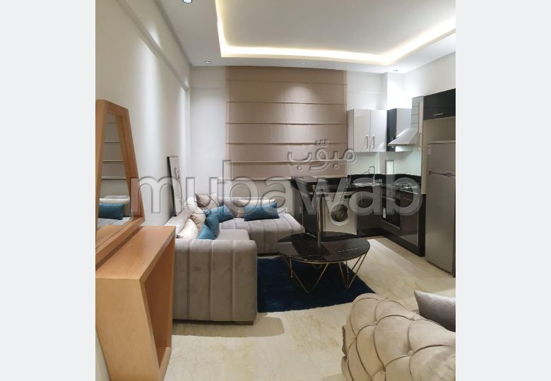 Rent this apartment in Quartier du Parc. 2 Hall. Furnished.