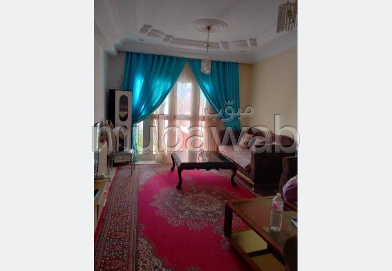Appartement en vente. Surface de 91 m². Porte blindée, antenne parabolique