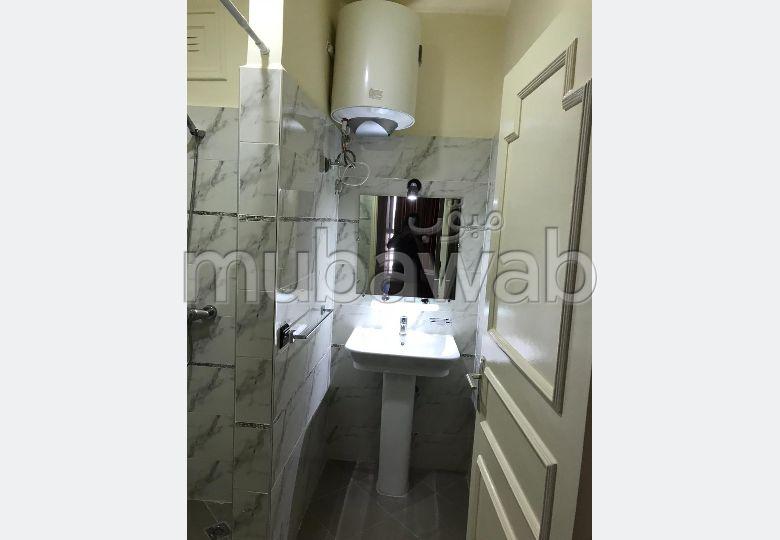 Appartement à louer à Agadir. 1 Pièce. Meublé