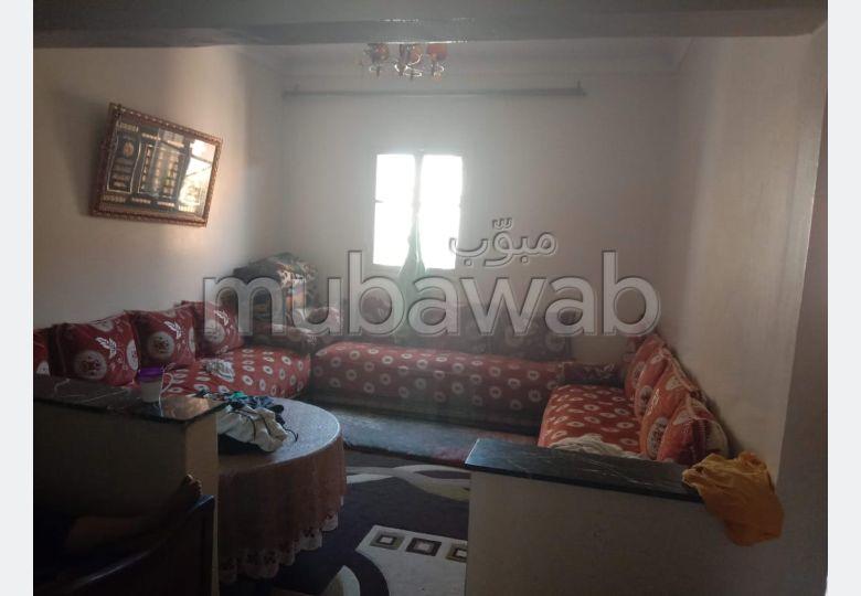 Maison à l'achat à Ain Borja. Surface de 77 m². Espace vert.