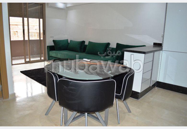 شقة رائعة للإيجار بكليز. المساحة الإجمالية 44 م². مفروشة.