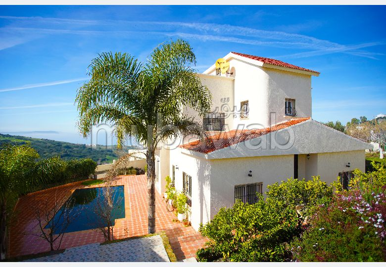 Luxury villa for rent in Malabata. Small area 1140 m². Furnished.